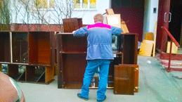 утилизация мебели с грузчиками